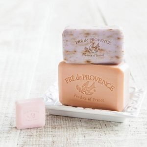 Pre' de Provence French Soap Bar example of sizes