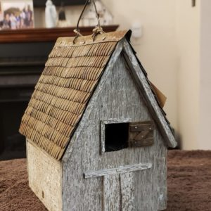 Country Shed Wren House – White Bird House