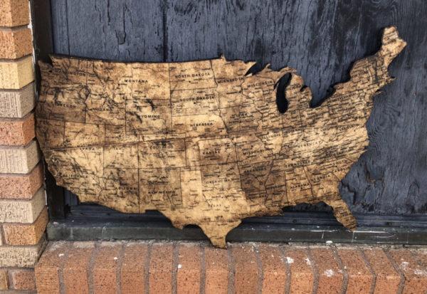 USA Map on Pine