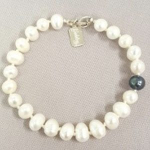 Fresh Water Pearl Bracelet on shopiowa.com