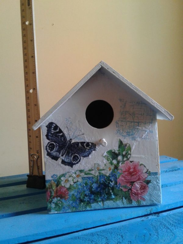 Decorative Wooden Birdhouse