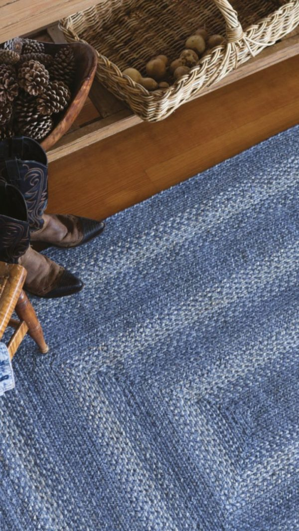 Braided Jute Rug in Denim