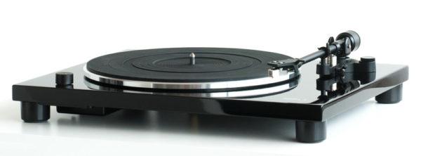photo of MusicHall MMF 1.3 Turntable on shopiowa.com