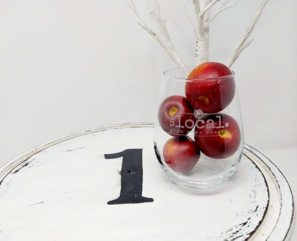 Glyn Mawr Logo Wine Glasses