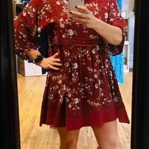 Woman's Burgundy Floral Dress w/Crochet Lace Detail