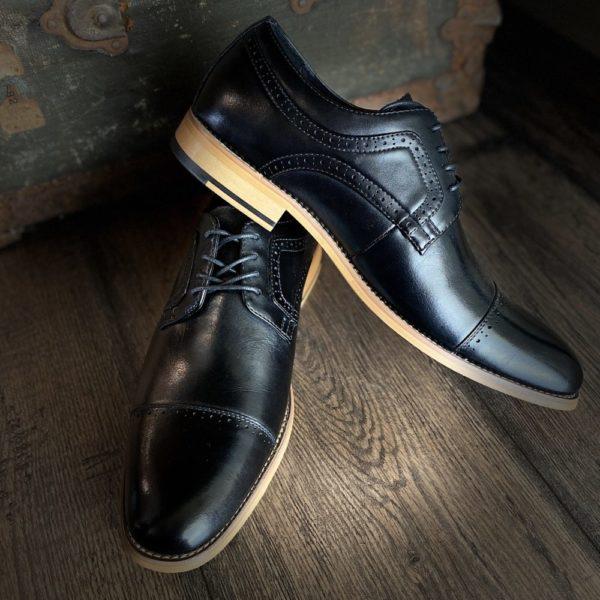 Stacy Adams Black Dress Shoe