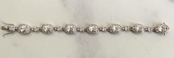 4069 silver bracelet -mco