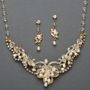 Freshwater Pearl & Gold Necklace Set