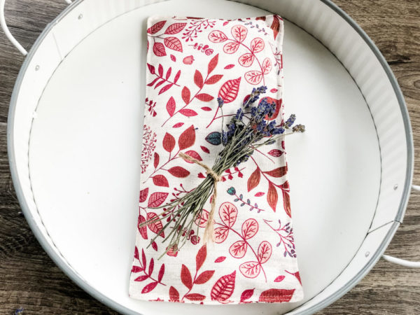 Lavender Aromatherapy Eye Pillow – Relaxing Red Leaves