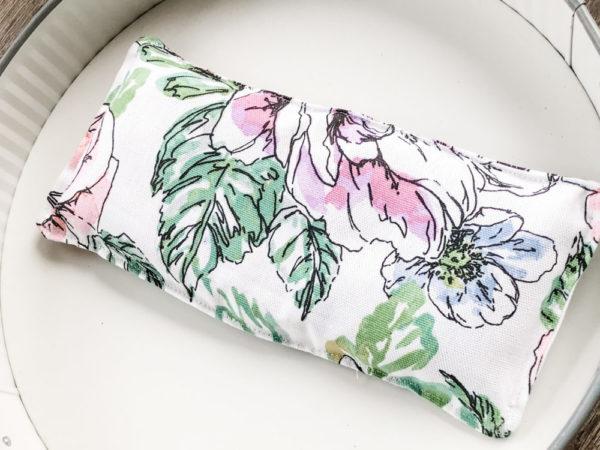 Lavender Aromatherapy Eye Pillow – Sleepy Succulent