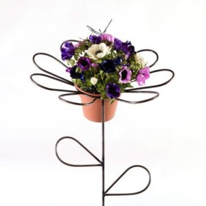 Daisy Flower Stake with Butterfly Metal Creation