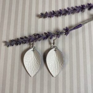 White gathered teardrop leather earrings