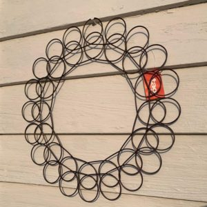 Holiday Card/Picture Holder Wreath