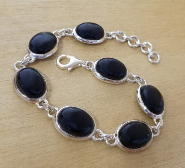 black onyx and oval bracelet