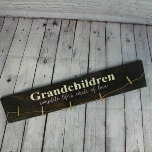Grandchildren Complete Life's Circle of Love Photo Holder Sign