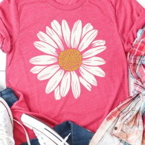 Pink Daisy Graphic Tee