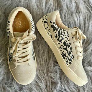 Jordan Beige Leopard Sneaker