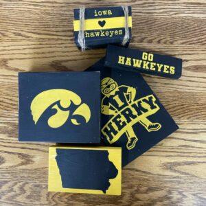 Tiered Tray Fan Pride Iowa Kits