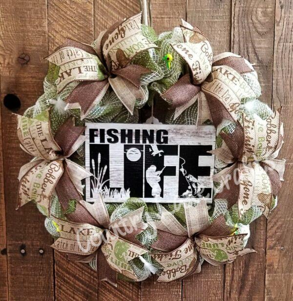 Fishing Life Green Mesh Decor Wreath