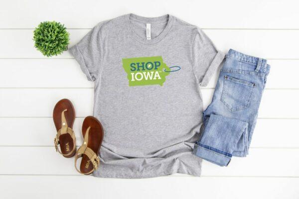 Shop Iowa™ T-Shirt – Unisex Sizing