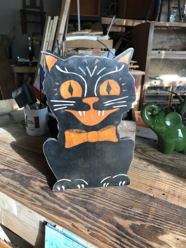 Black cat Halloween candy bucket