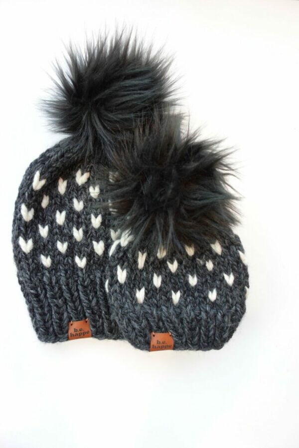 Mommy + Me Happe Heart Hat | Charcoal