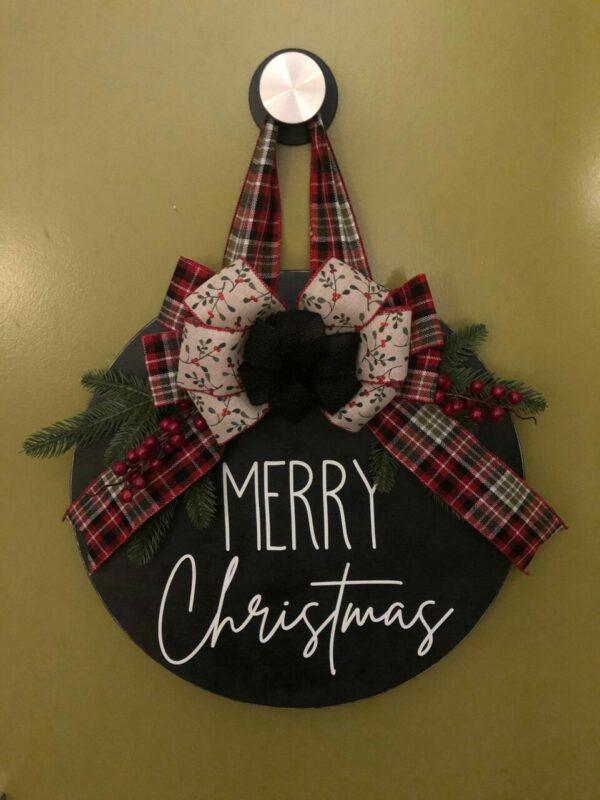 Merry Christmas Black Round Door Hanger
