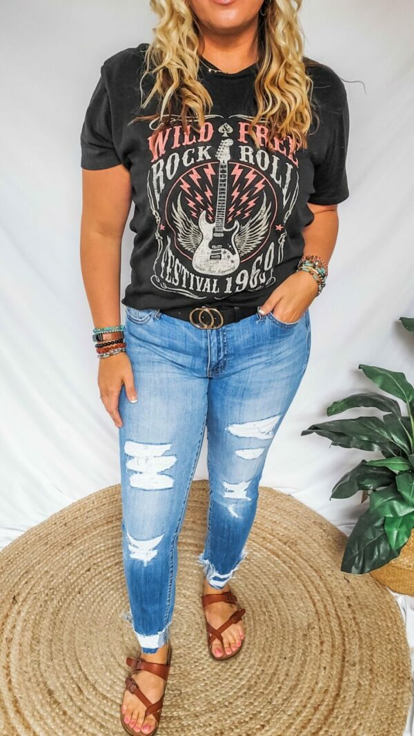 Cali Mid-rise Distressed Ankle Skinny Jeans – Kan Can