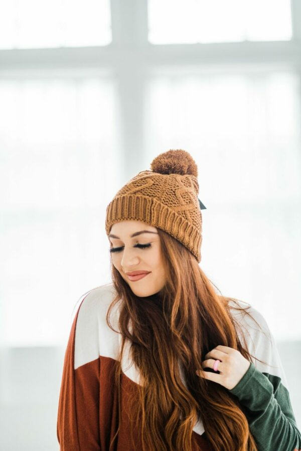 Cable Knit Pom Beanie In Camel